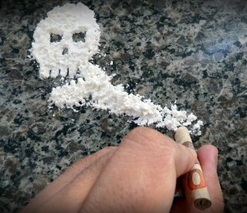 cocaine-396751_1920-348x300 Cocaine Addiction - Symptoms, Side Effects, How to Get Treatment & Rehab