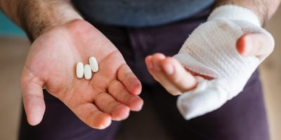 Self-harm with and addiction to prescription medication